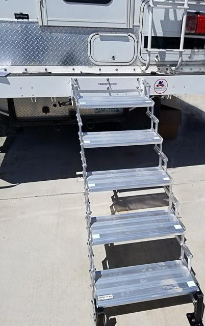 How to avoid 5 pesky problems your truck camper steps are giving you!