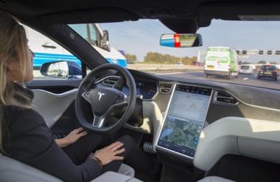 Tesla Motors Club Conference 2016: Should We Go Straight to Autonomous Driving?