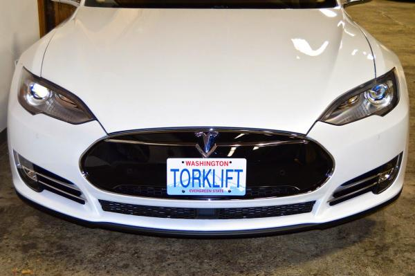 Stress-Free driving in your Tesla Model S – don't get pulled over for not having a front license plate!
